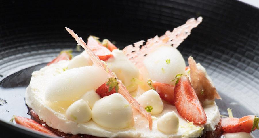 Dessert fraises La voile blanche